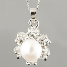Fashion Freshwater Pearl Pendant, Flower