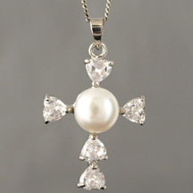 Fashion Freshwater Pearl Pendant, Cross